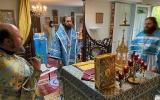 Митрополит Антоний совершил Божественную Литургию на приходе Рождества Пресвятой Богородицы в Женеве