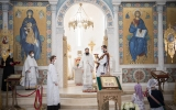 В Неделю 7-ю по Пасхе митрополит Антоний совершил Литургию в Троицком кафедральном соборе в Париже