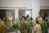 В канун праздника Пятидесятницы митрополит Антоний совершил всенощное бдение в Троицком соборе в Париже