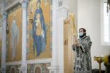 Патриарший экзарх совершил Литургию Преждеосвященных Даров в Троицком кафедральном соборе г. Парижа