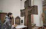 Патриарший экзарх совершил вечерню с чтением акафиста Страстям Христовым в Троицком кафедральном соборе г. Парижа