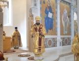 В неделю 7-ую по Пятидесятнице митрополит Антоний совершил Божественную литургию в Троицком кафедральном соборе в Париже
