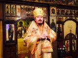 В неделю 23-ю по Пятидесятнице епископ Нестор возглавил Божественную литургию в Трехсвятительском храме