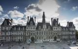 Епископ Нестор принял участие в новогоднем приеме в мэрии Парижа
