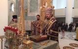 В неделю Крестопоклонную епископ Нестор совершил Божественную литургию в Троицком кафедральном соборе в Париже