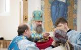 Епископ Душанбинский Питирим совершил Божественную литургию в Троицком кафедральном соборе в Париже
