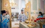 В неделю перед Воздвижением Управляющий Корсунской епархией совершил Божественную литургию в Троицком кафедральном соборе в Париже