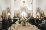 В Рождественскую ночь епископ Корсунский Нестор совершил Божественную литургию в Троицком кафедральном соборе