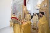 Епископ Нестор и архиепископ Телмисский Иов совершили Божественную литургию в Троицком соборе
