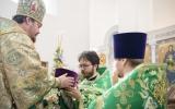 Иерей Сергий Ким удостоен права ношения набедренника и камилавки