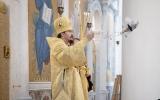 В неделю 27-ую по Пятидесятнице епископ Нестор совершил Литургию  в парижском Троицком соборе