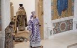 В неделю четвертую Великого поста епископ Нестор совершил Божественную литургию в Троицком соборе в Париже