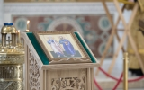 В праздник святых апостолов Петра и Павла епископ Нестор возглавил Литургию в Свято-Троицком соборе в Париже