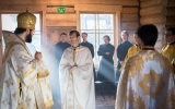 Руководитель Управления по зарубежным учреждениям совершил Божественную Литургию в Богородице-Рождественском храме семинарии