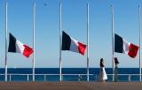 В Ницце почтили память жертв теракта, совершенного год назад на Английской набережной